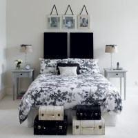 Black and white BedRooms .. Chic & classy!
