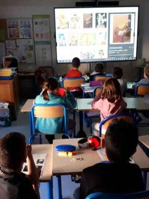 Tableau interactif tactile de l'école