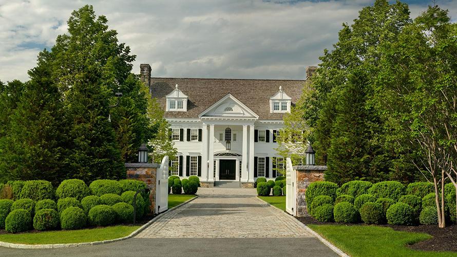 Thalía vende su mansión de 12.300 metros cuadrados en Connecticut