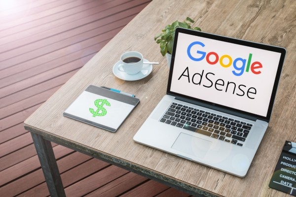 Google Adsense: ganhe dinheiro com seu blog e canal do Youtube