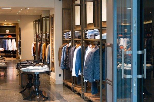 Defina a estrutura da sua loja de roupas