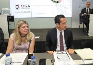 Exclusivo mensagens: Sónia Carneiro anda a coagir delegados da liga para sair?