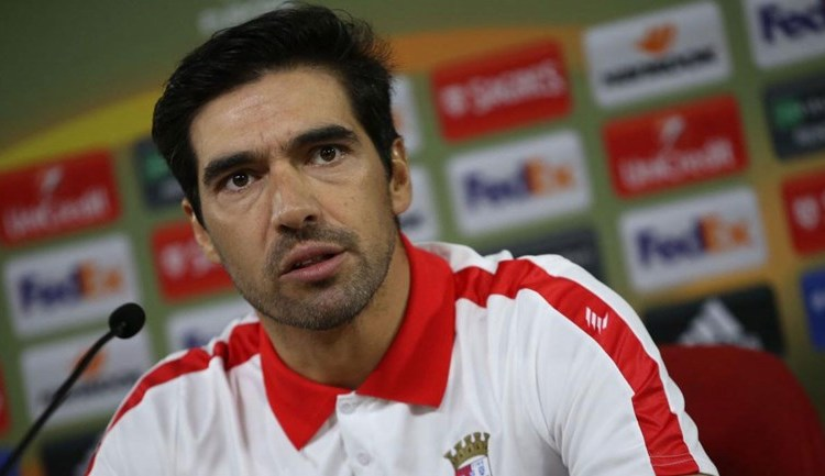 Video ▶️Treinador do Braga, Abel Ferreira, responde ás polémicas criadas em torno do seu clube!