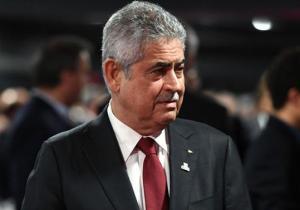 Presidente do Benfica pressionado a despedir o treinador