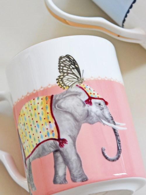 Yvonne Ellen Carnival Elephant and Giraffe Mugs, Set of 2