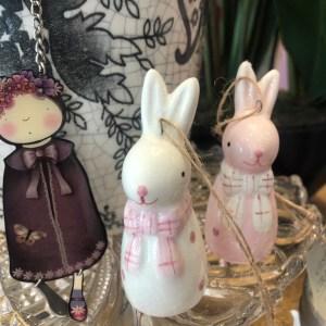 China Hanging Rabbits in White/Pink