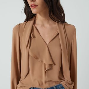 Blouse with flounces in Camel
