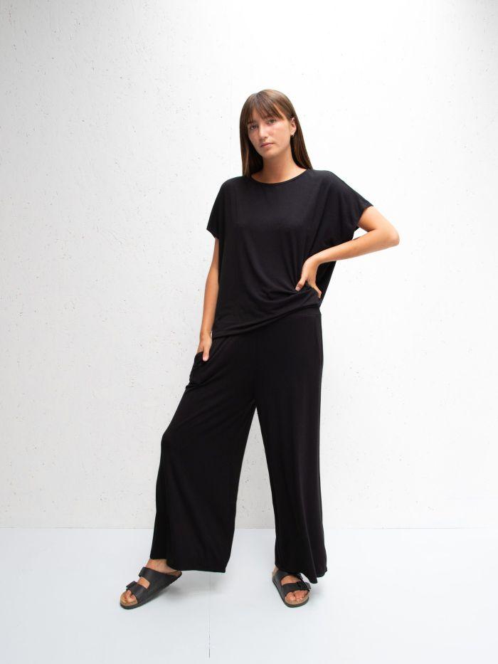 Chalk Luna Wide Leg Pants in Black