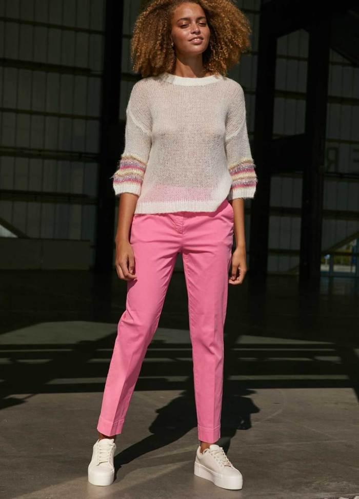 Chino Pants in Persian Pink