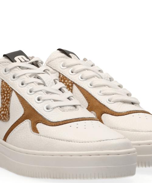 Maruti Momo Sneakers in White