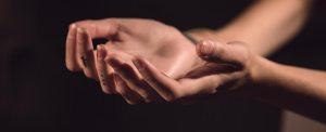 O que a Bíblia diz sobre como tratar refugiados?