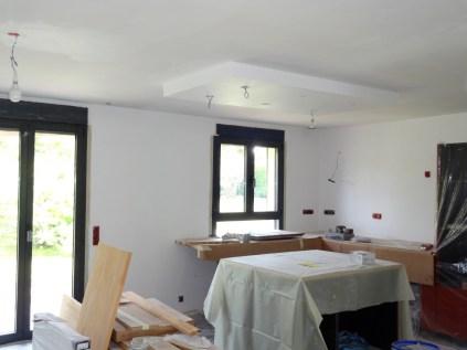 Cuisine quip e faux plafond au dessus de l lot la r novation de notre maison Faux plafond cuisine