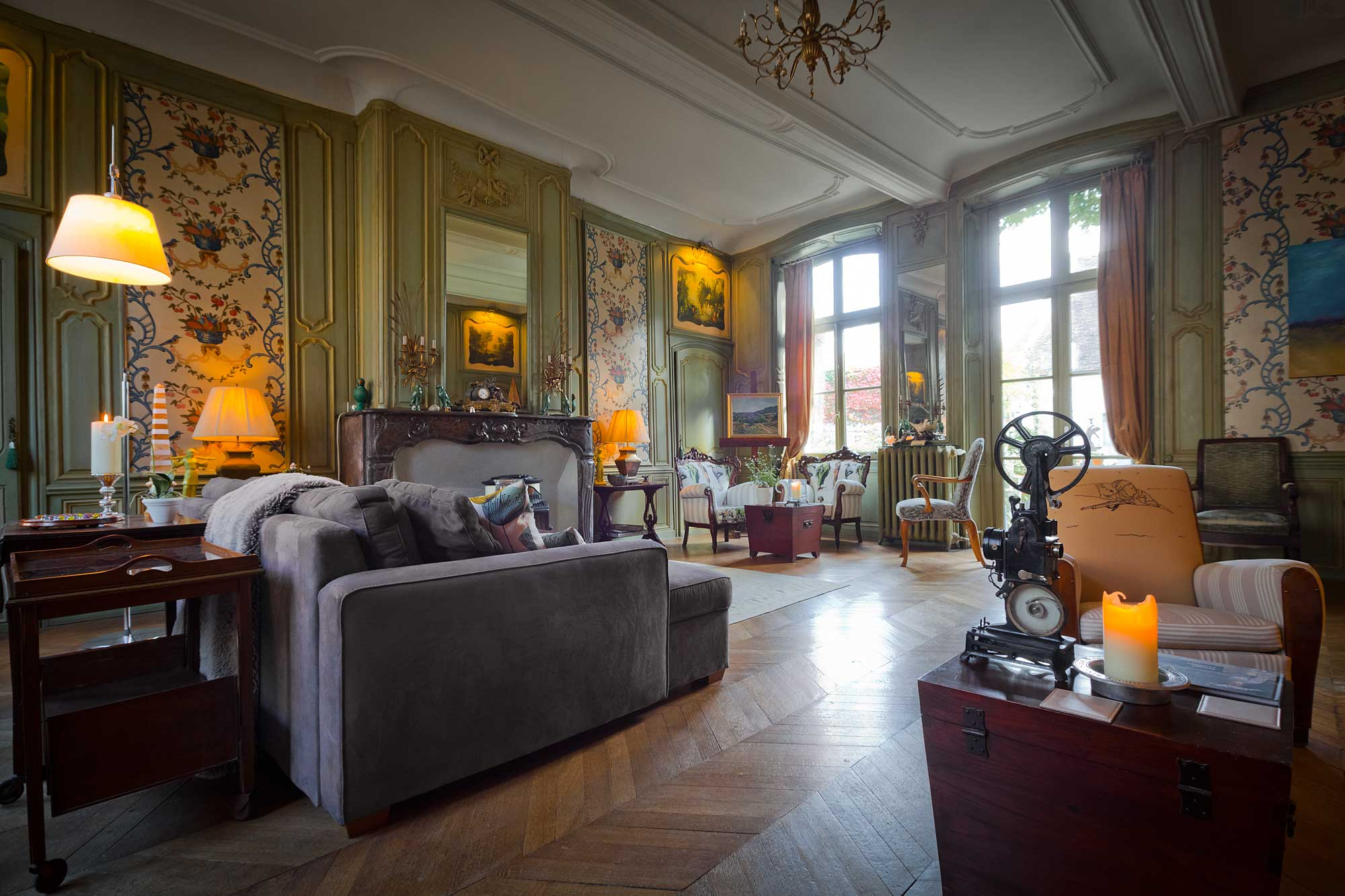 the drawing room at maison76