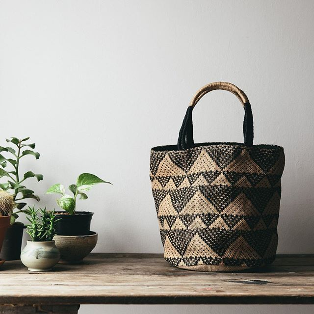 This is a repost of the small black Jamdani jute bag, courtesy of one of our loveliest stockists @thefuturekept
