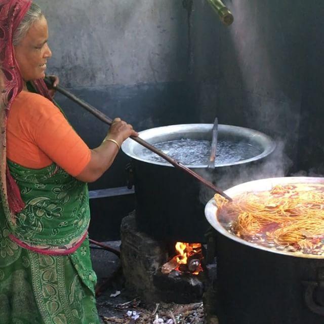 Hand dyeing the jute cord - Rashida has over 20 years of experience