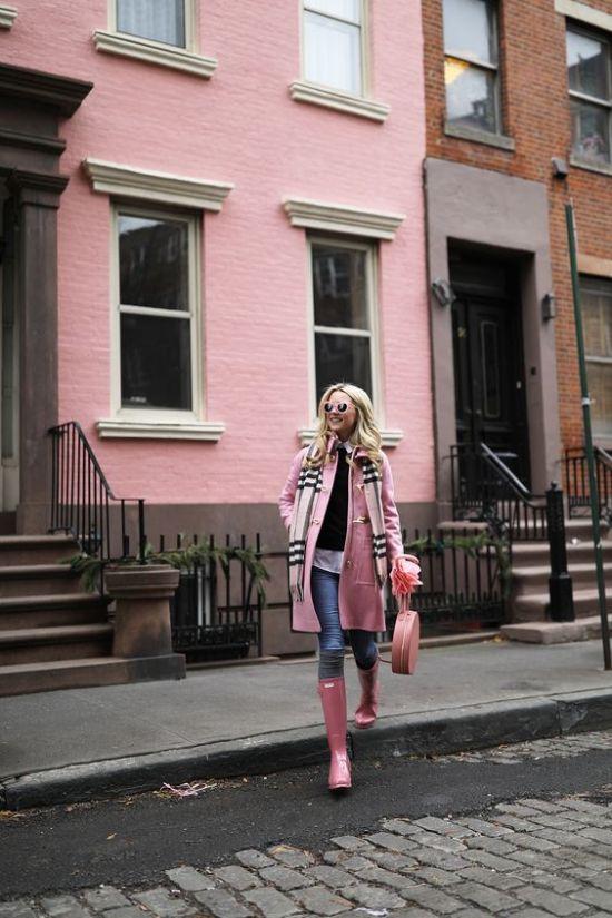 pink-hunter-rain-boots-blair-eadie