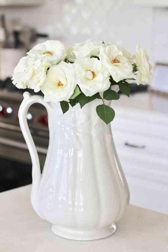 pinterest-white-roses-kitchen