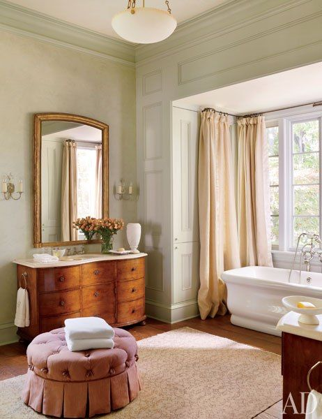 Friday favorites antique mirrors in a bathroom for Architectural digest bathrooms 2016