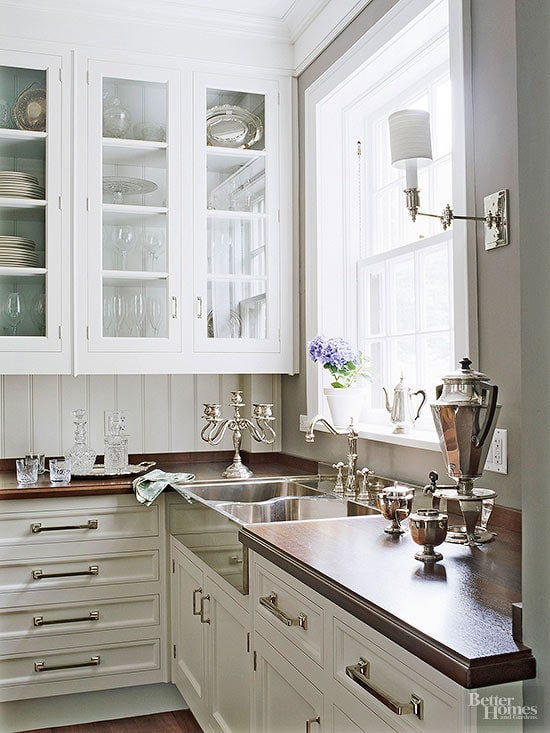 classic-butlers-pantry