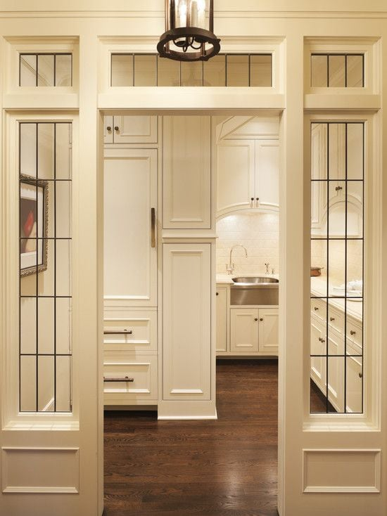 windows-butlers-pantry