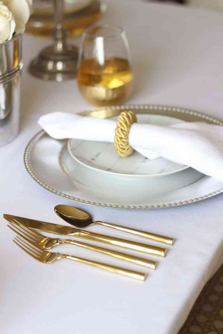 valentines-table-silver-gold