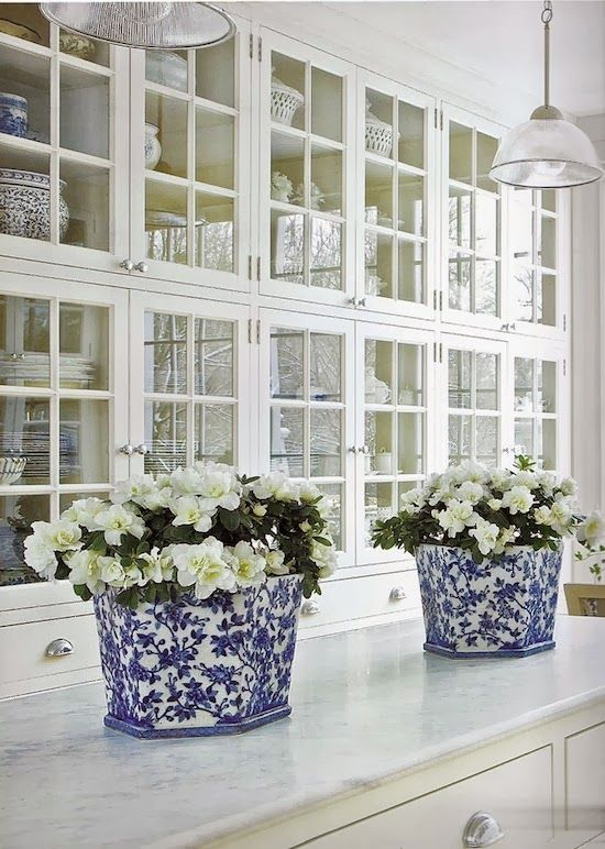 gorgeous-butlers-pantry