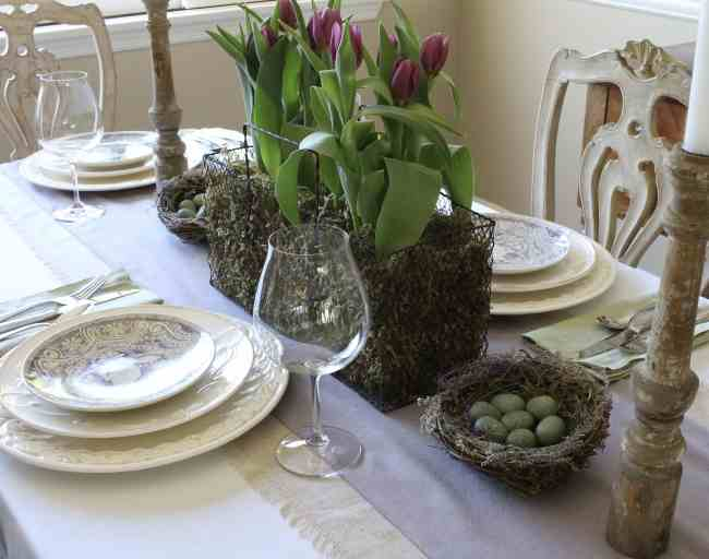 easter-table-purple-green