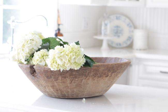 decorating-flowers-dough-bowl