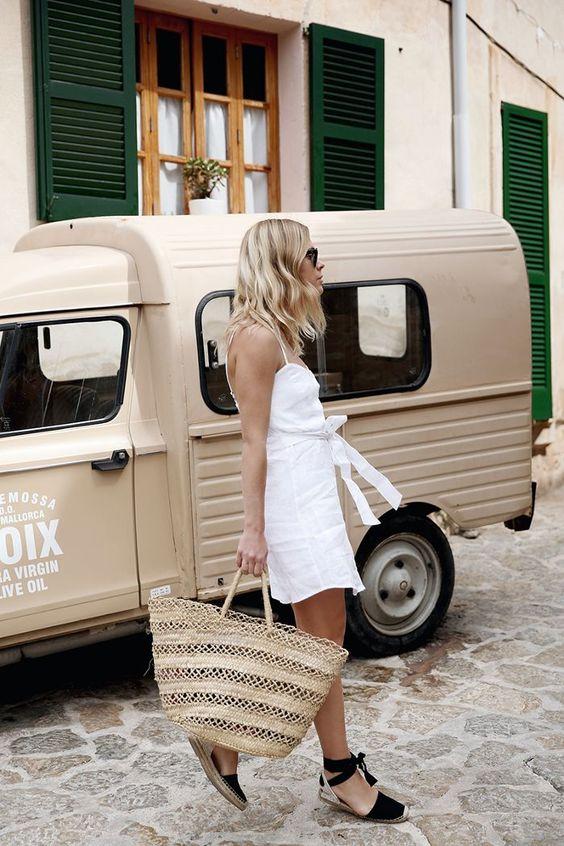 straw-bag-white-dress-2