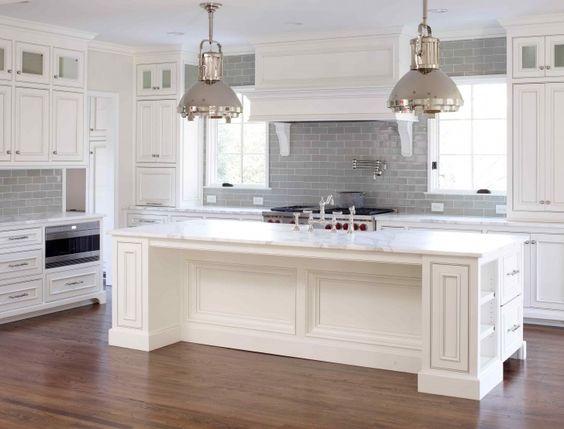 grey-and-white-kitchen-subway-tile