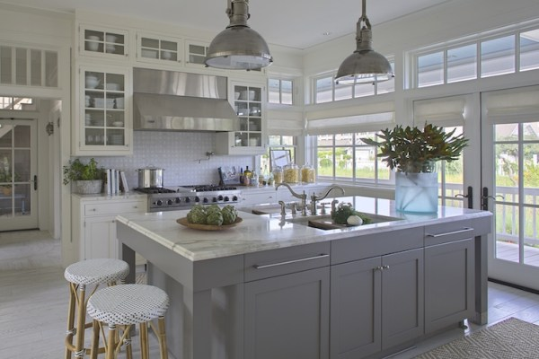 grey-and-white-kitchen-3
