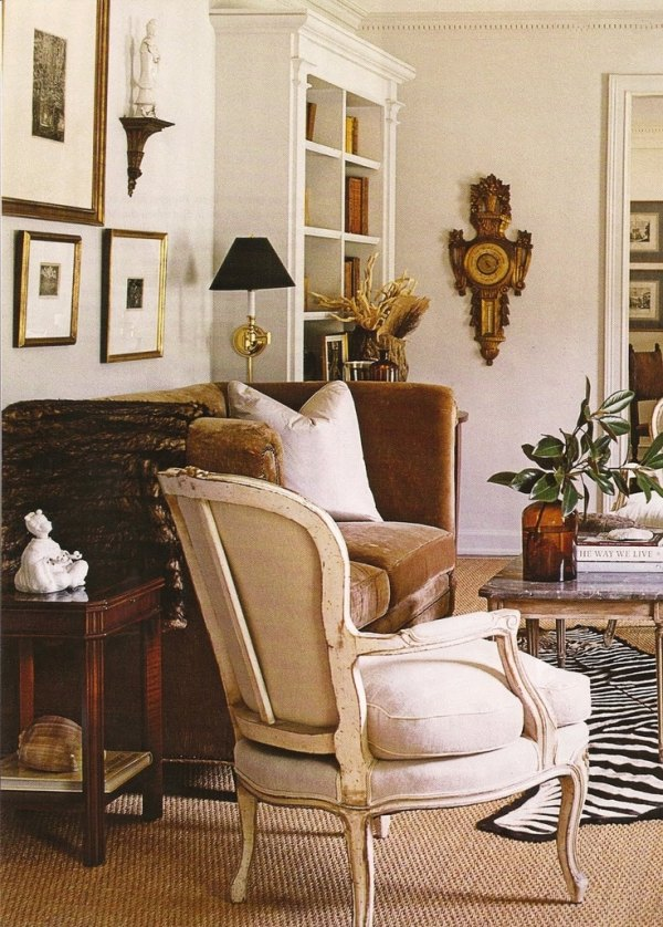 friday favorites decorating with animal hides for a chic look. Black Bedroom Furniture Sets. Home Design Ideas