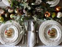 Bountiful Harvest Thanksgiving Table Setting