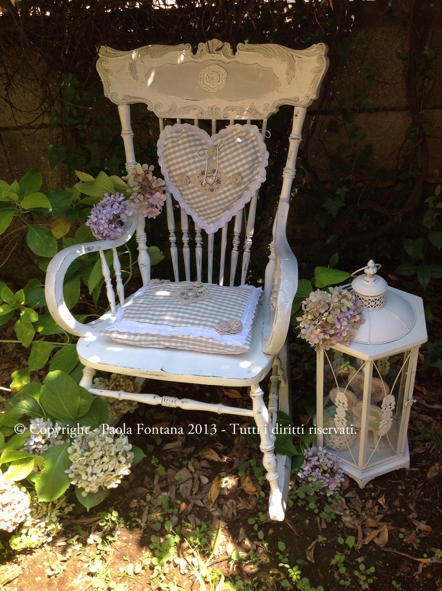 decorare sedia a dondolo shabby  Maison des Souvenirs