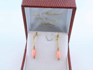 Boucles oreilles en corail rose et plaque or BO-CO-RO-006