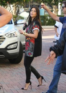 kim-kardashian-wearing-givenchy-birds-of-paradise-t-shirt-and-christian-louboutin-pumps-out-in-miami-2