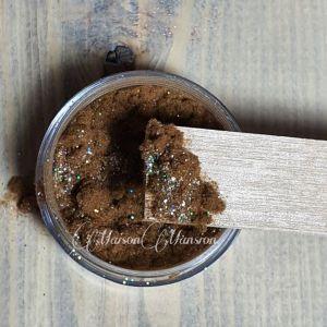 Dust Bruin met een glittertje