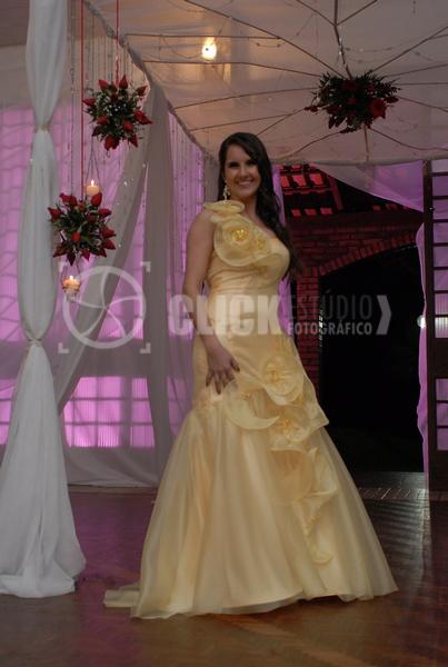 f757f35ee3 vestido de formatura