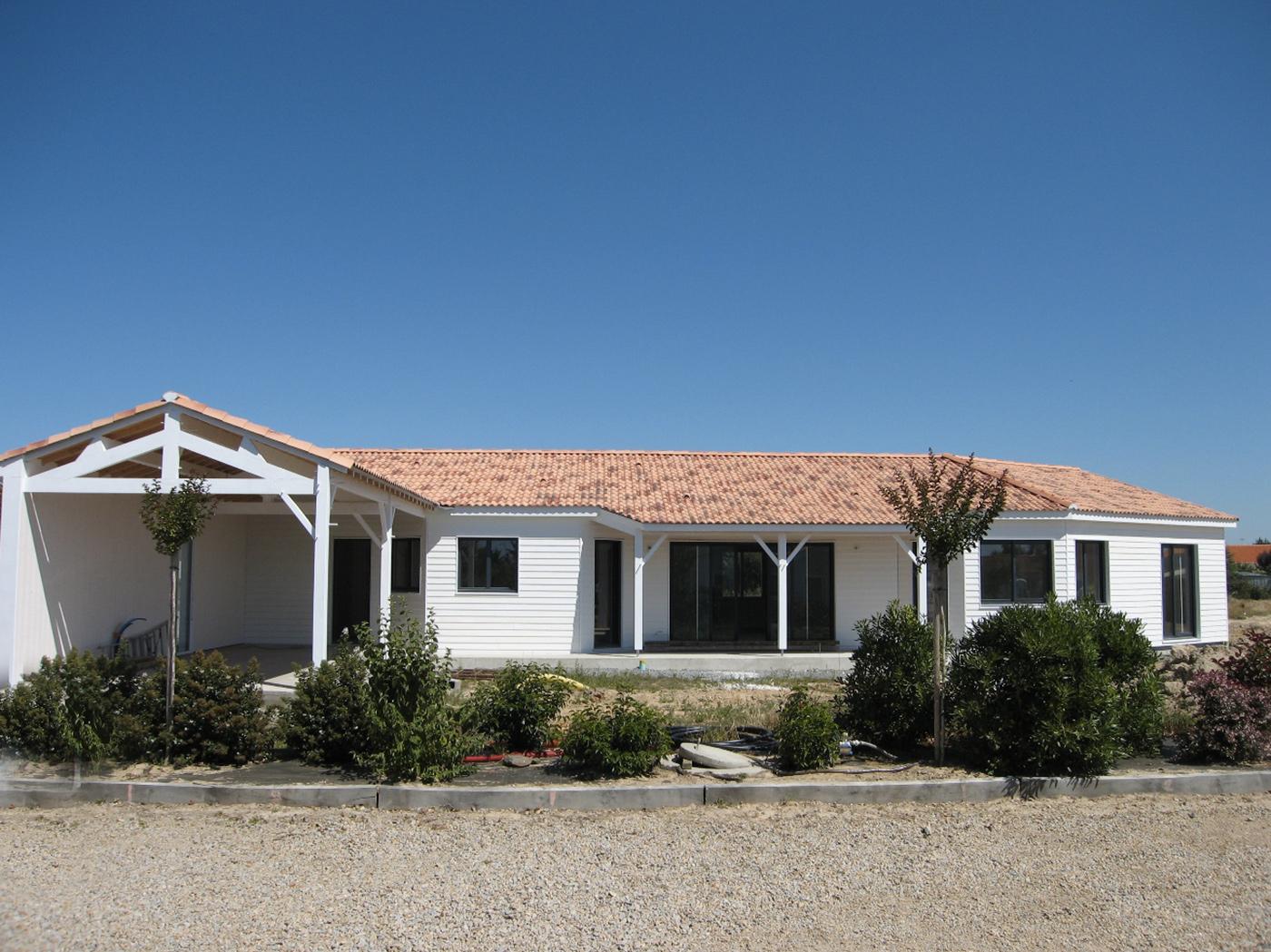 Cout maison ossature bois maison bois plain pied chambres for Cout garage ossature bois