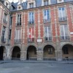 Paris Place des Vosges - Victor Hugo