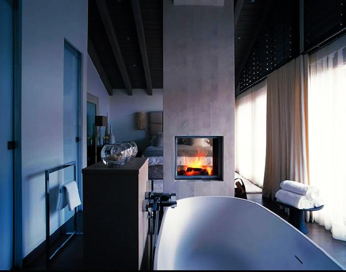 Dreammy Bathroom Fireplaces