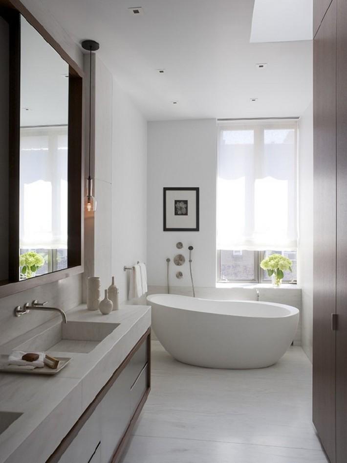 Minimalist White Bathroom Designs To Fall In Love