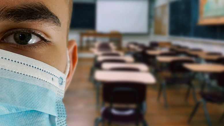 Back-to-School Anxiety: How to Help Your Kids Cope During The COVID-19 Pandemic