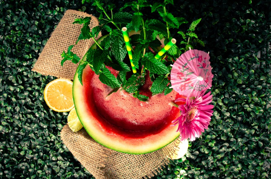 Tropic Love Drink from a Fruit Food and Product Photography by Maison ZOLTS