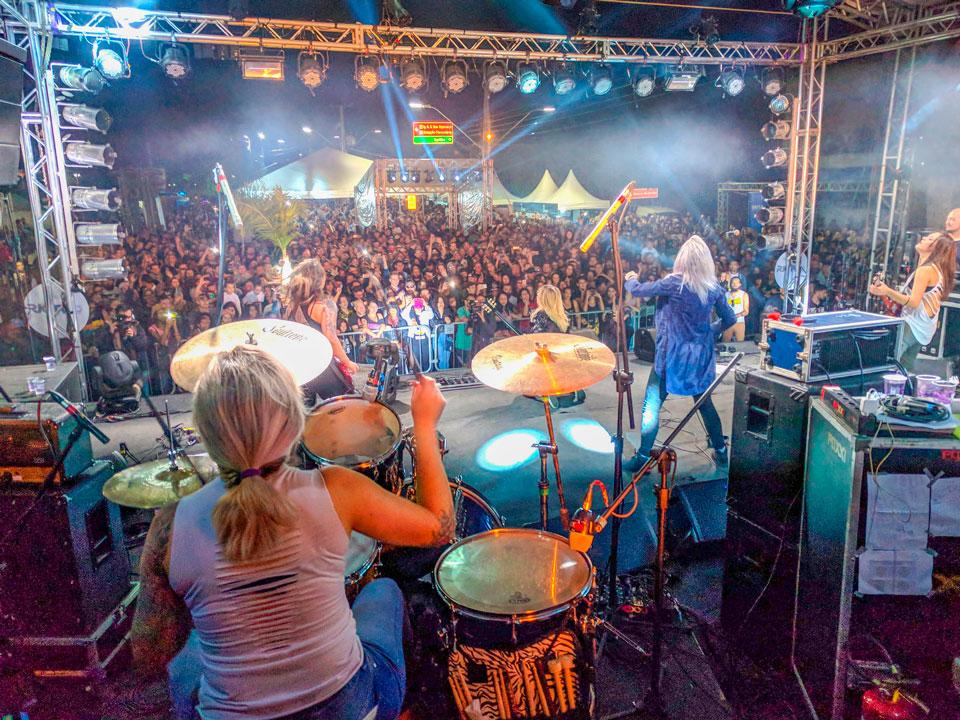 Festival de Pinhais reúne milhares de pessoas e movimenta economia local