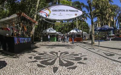 Feiras da Primavera das praças Osório e Santos Andrade começam no sábado