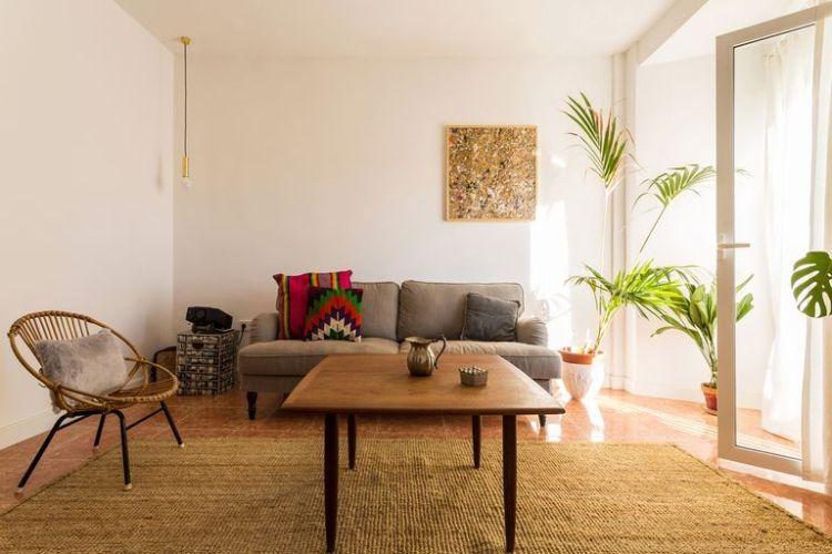 Un antiguo apartamento reformado de forma sencilla1