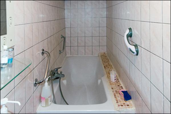 Maitresse Avignon Salle de bain