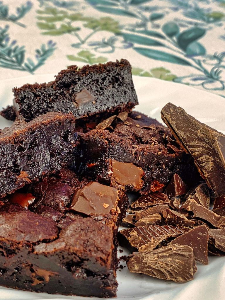 Fudgiest Brownies (plant-based)