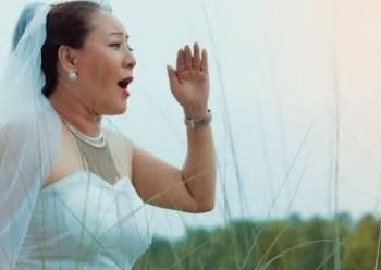 उल्लु भएँ म' भन्दै रेश्मा सुनुवार म्युजिक भिडियोमा